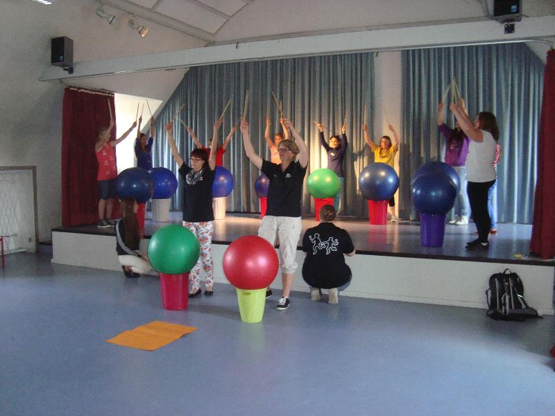 Drums Alive - Projekttag an der Mittelschule in Helmbrechts
